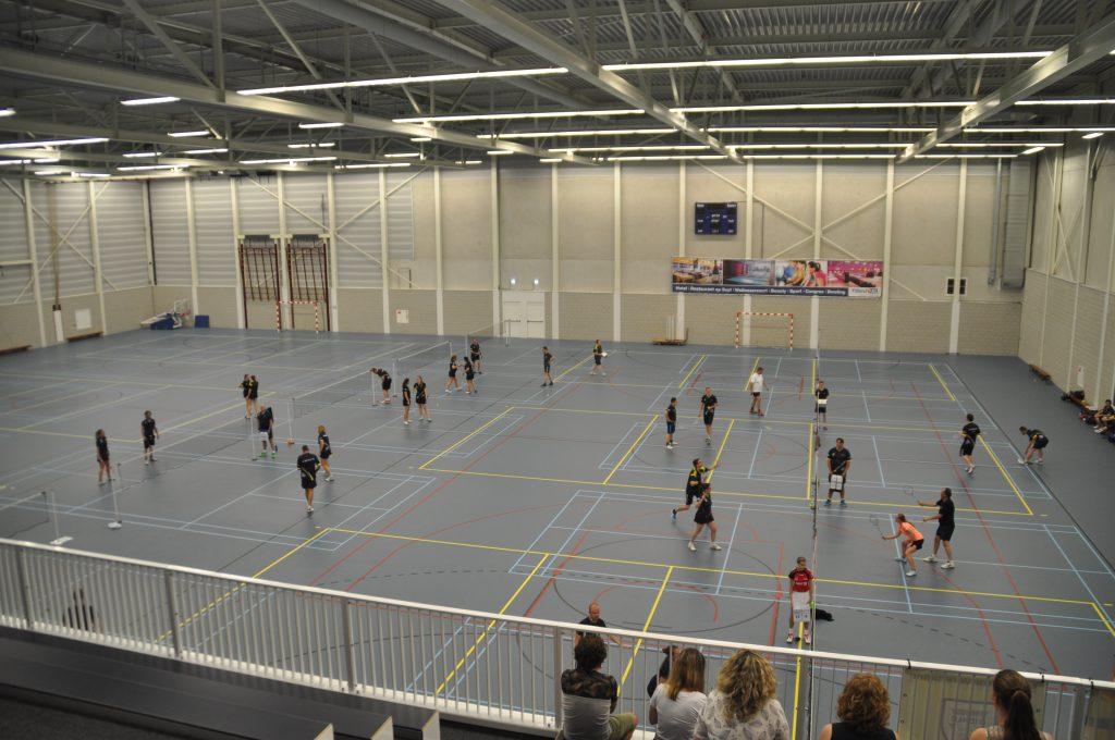 Warme benauwde bekerfinales en huldiging! | Helmondse ... Badmintonbond